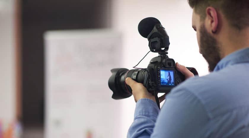 Importancia de los vídeos corporativos para el marketing en la cirugía estética